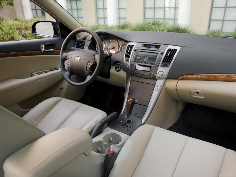 سیر تا پیاز هیوندای سوناتا؛ آشنایی با انواع مدلهای سوناتا carera.ir Hyundai Sonata 2009 05 1