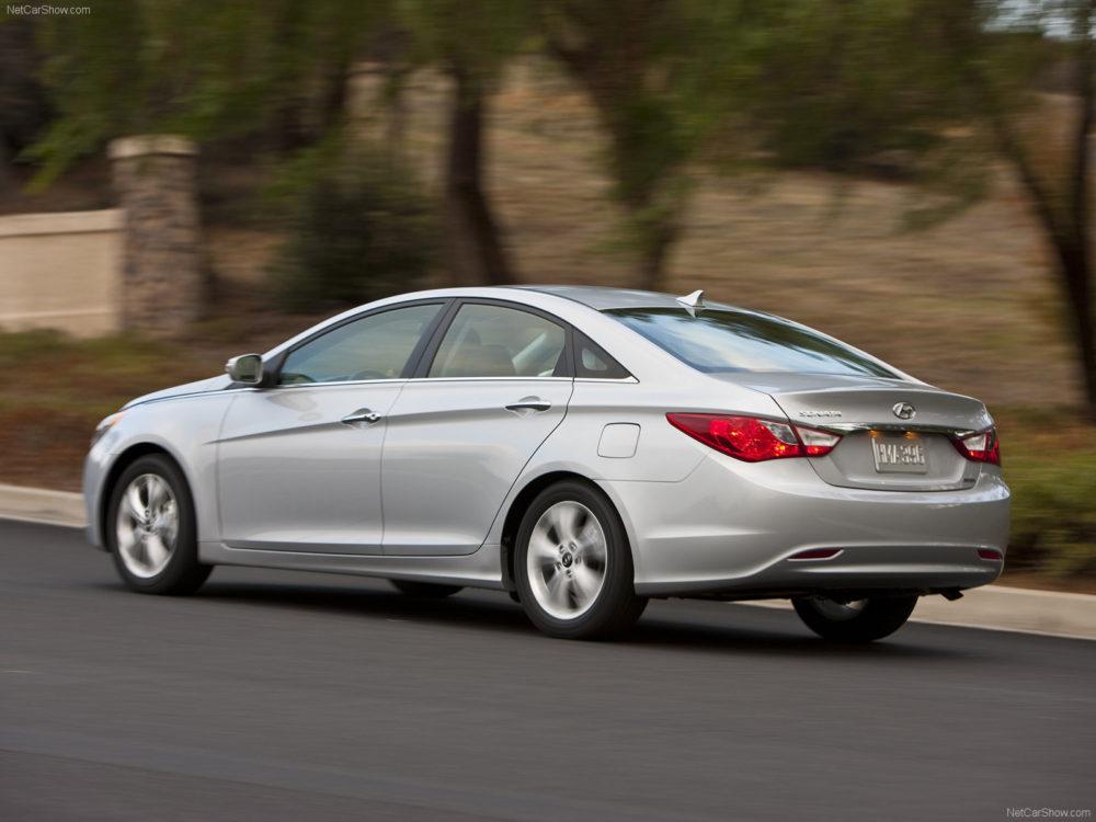 سیر تا پیاز هیوندای سوناتا؛ آشنایی با انواع مدلهای سوناتا carera.ir Hyundai Sonata 2011 07