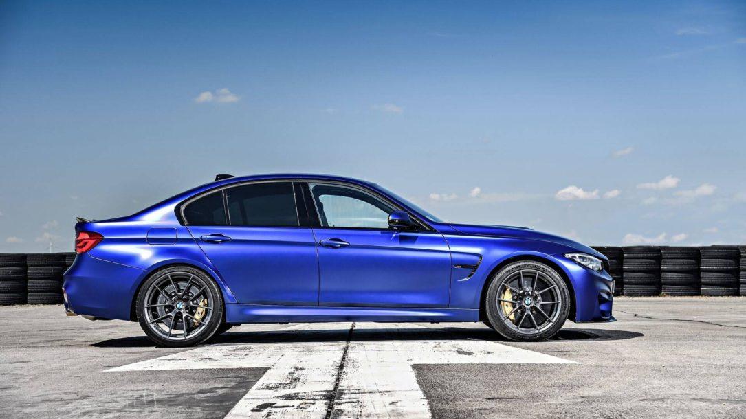 رقابت نفسگیر 4 نسل از BMW های M3 + فیلم carera.ir m3 CS 04