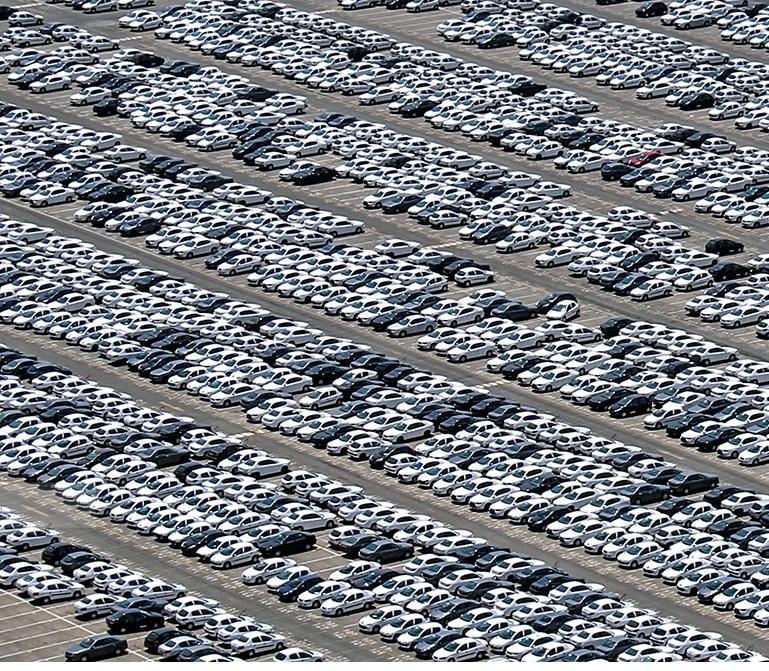 پارکینگ ایران خودرو irankhodro