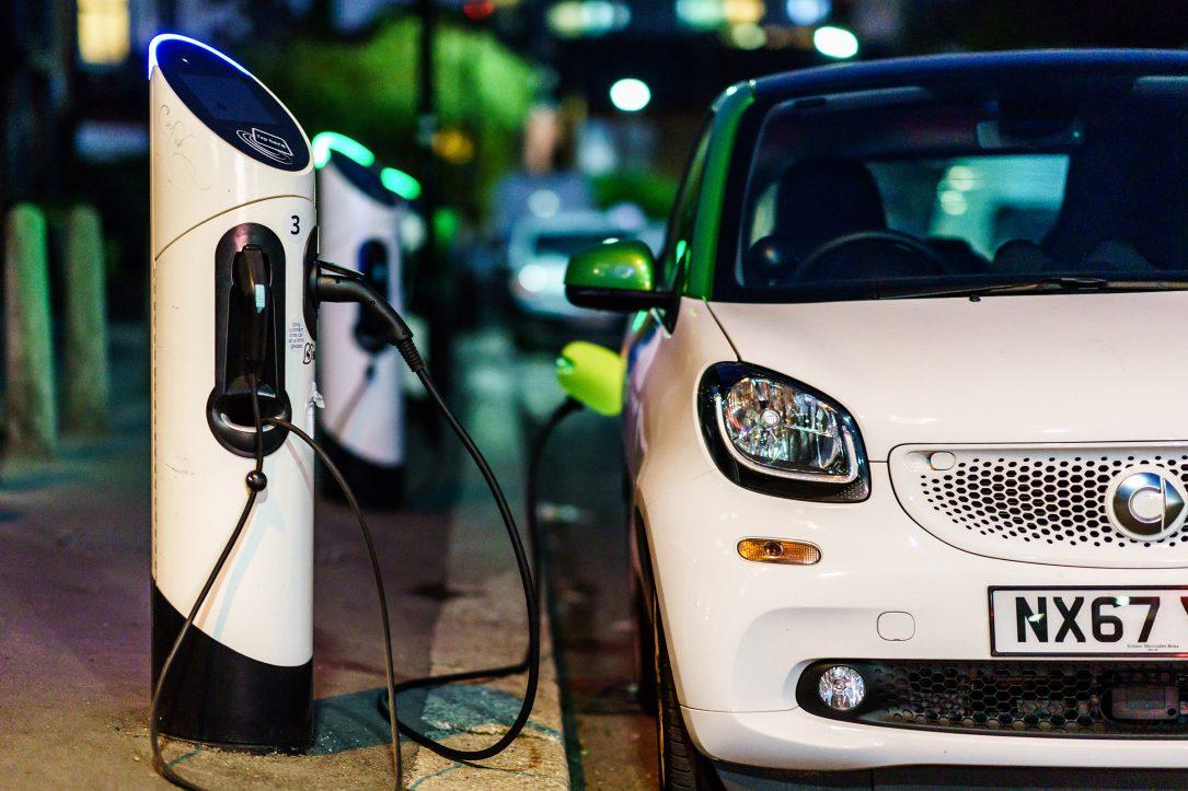 خرید خودروی الکتریکی