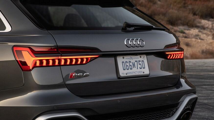 10 خودروی خارقالعاده که ما را به آینده امیدوار میکند 2021 Audi RS6 Avant 83