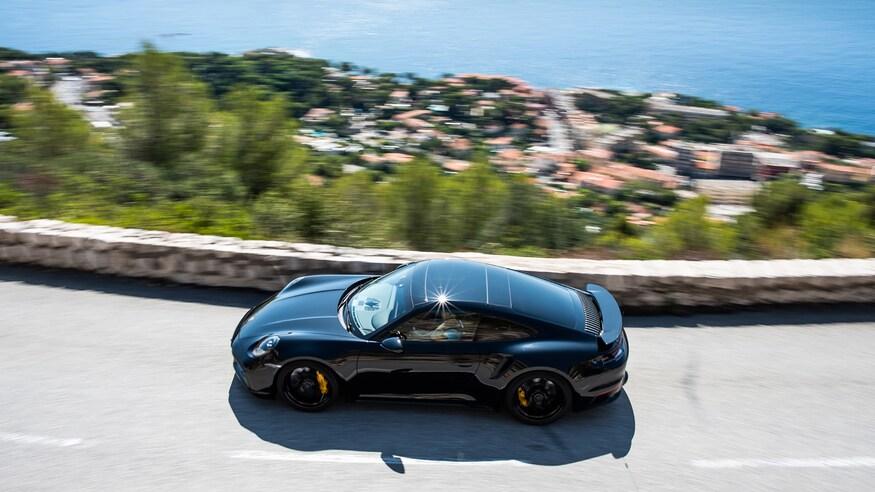10 خودروی خارقالعاده که ما را به آینده امیدوار میکند 32 2020 Porsche 911 Turbo S
