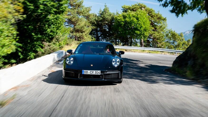 10 خودروی خارقالعاده که ما را به آینده امیدوار میکند 57 2020 Porsche 911 Turbo S