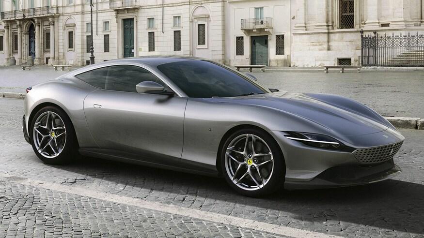 10 خودروی خارقالعاده که ما را به آینده امیدوار میکند Ferrari Roma front three quarter closeup
