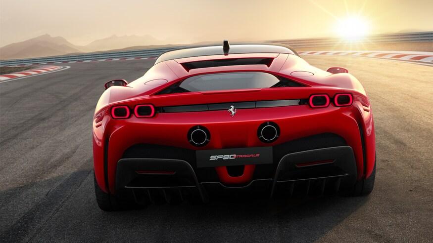 10 خودروی خارقالعاده که ما را به آینده امیدوار میکند Ferrari SF90 Stradale 06