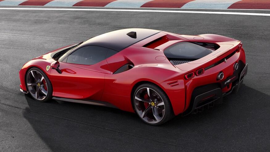 10 خودروی خارقالعاده که ما را به آینده امیدوار میکند Ferrari SF90 Stradale 07