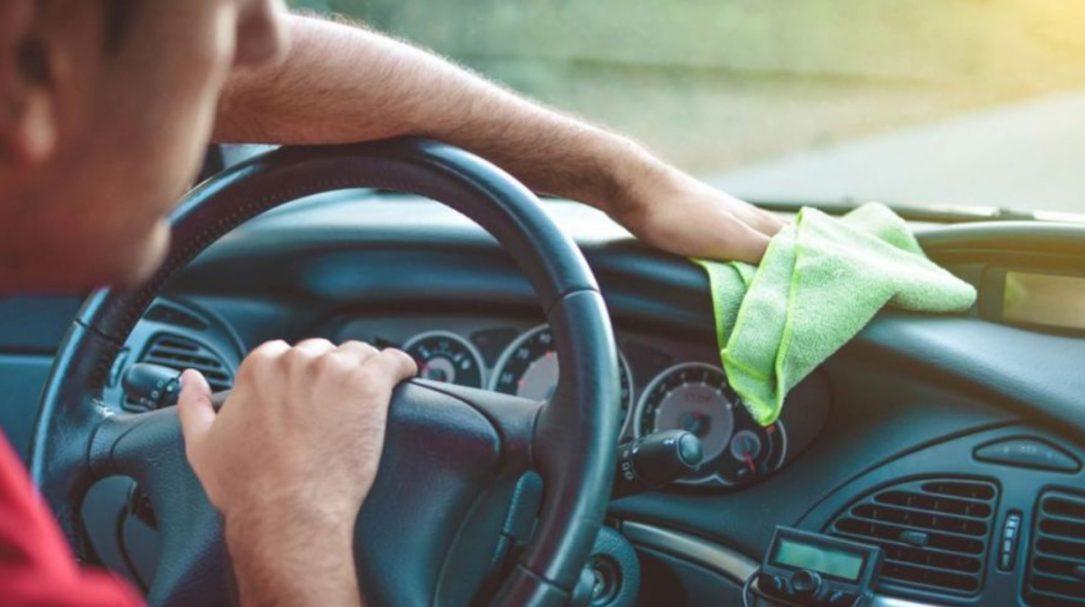 ۴۰ نقطه از خودرو که باید ضدعفونی کرد