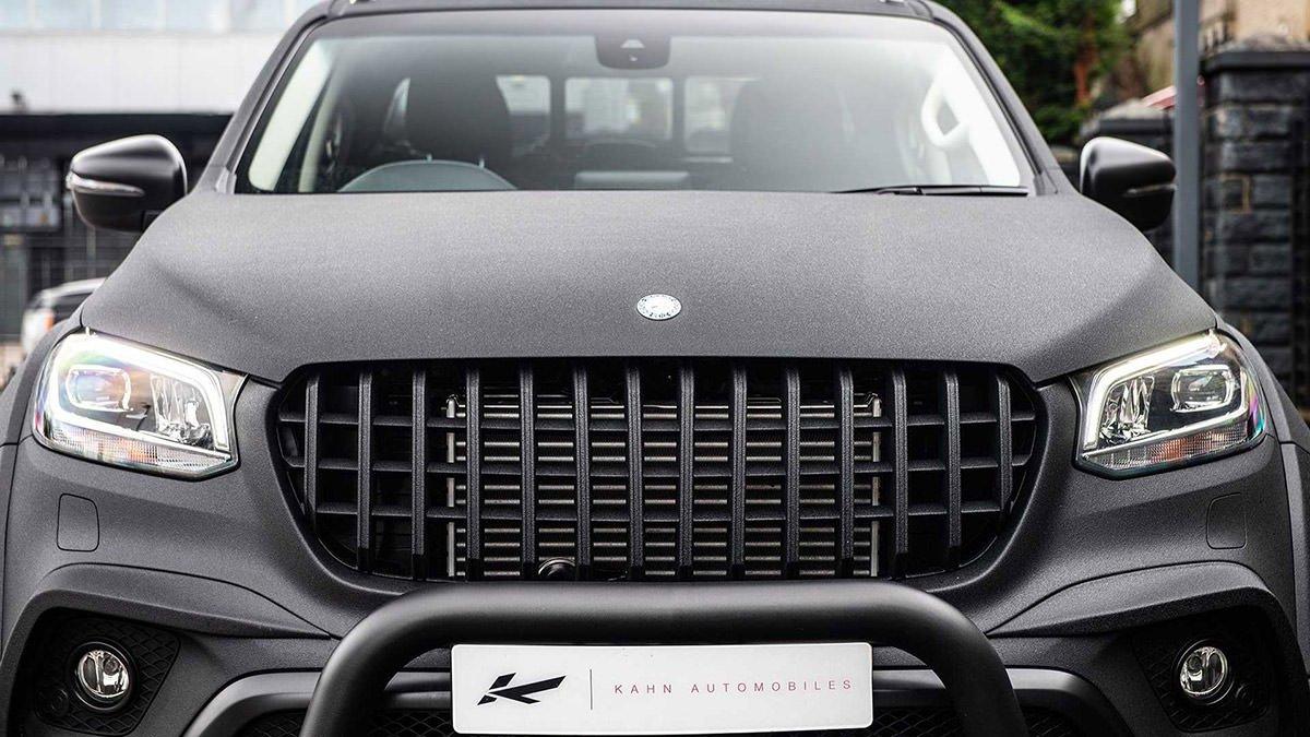 نمای جلو وانت پیکاپ مرسدس بنز کلاس X با تیونینگ خودرو کان دیزاین با رنگ سیاه